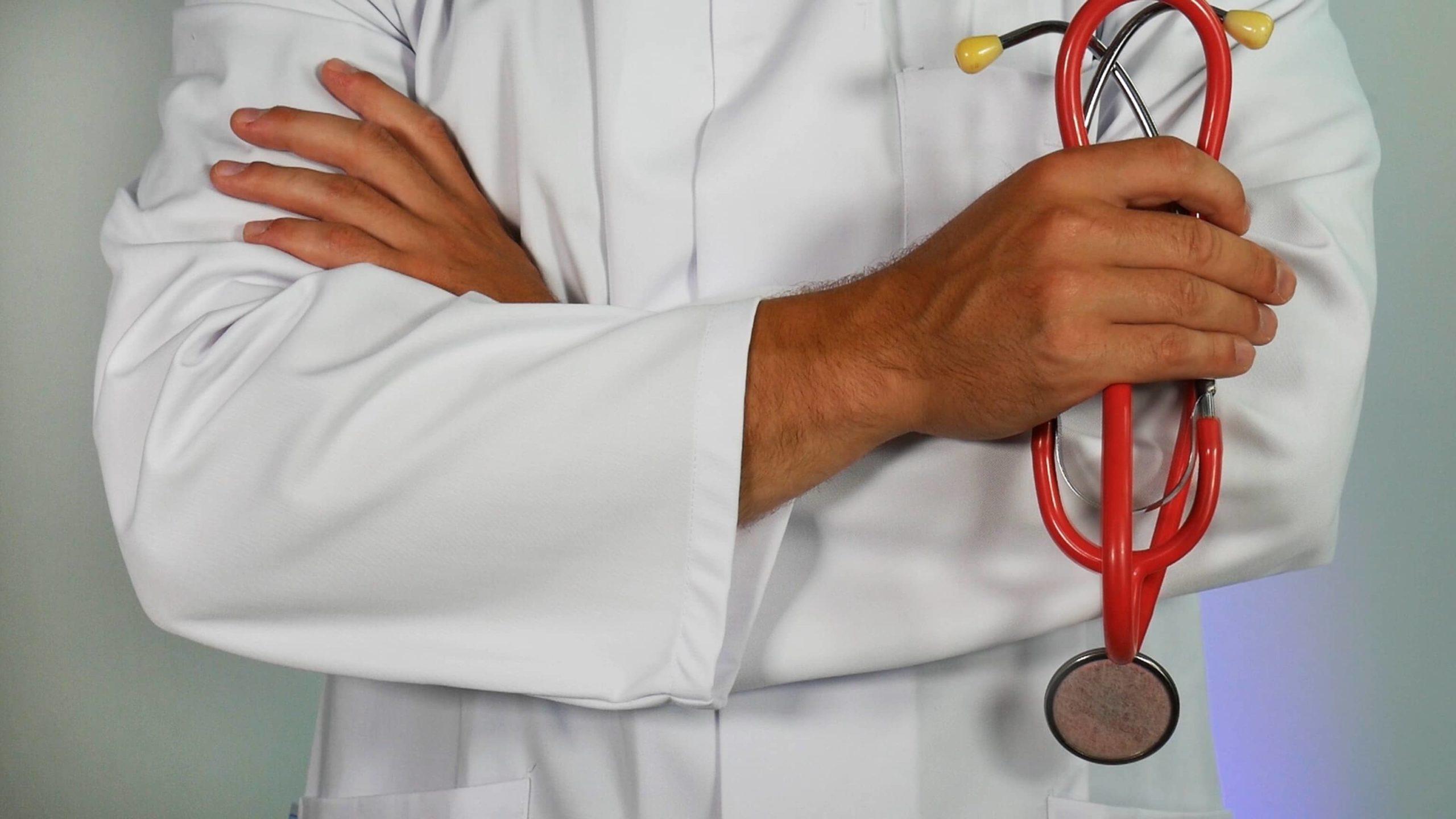 Medic in halat